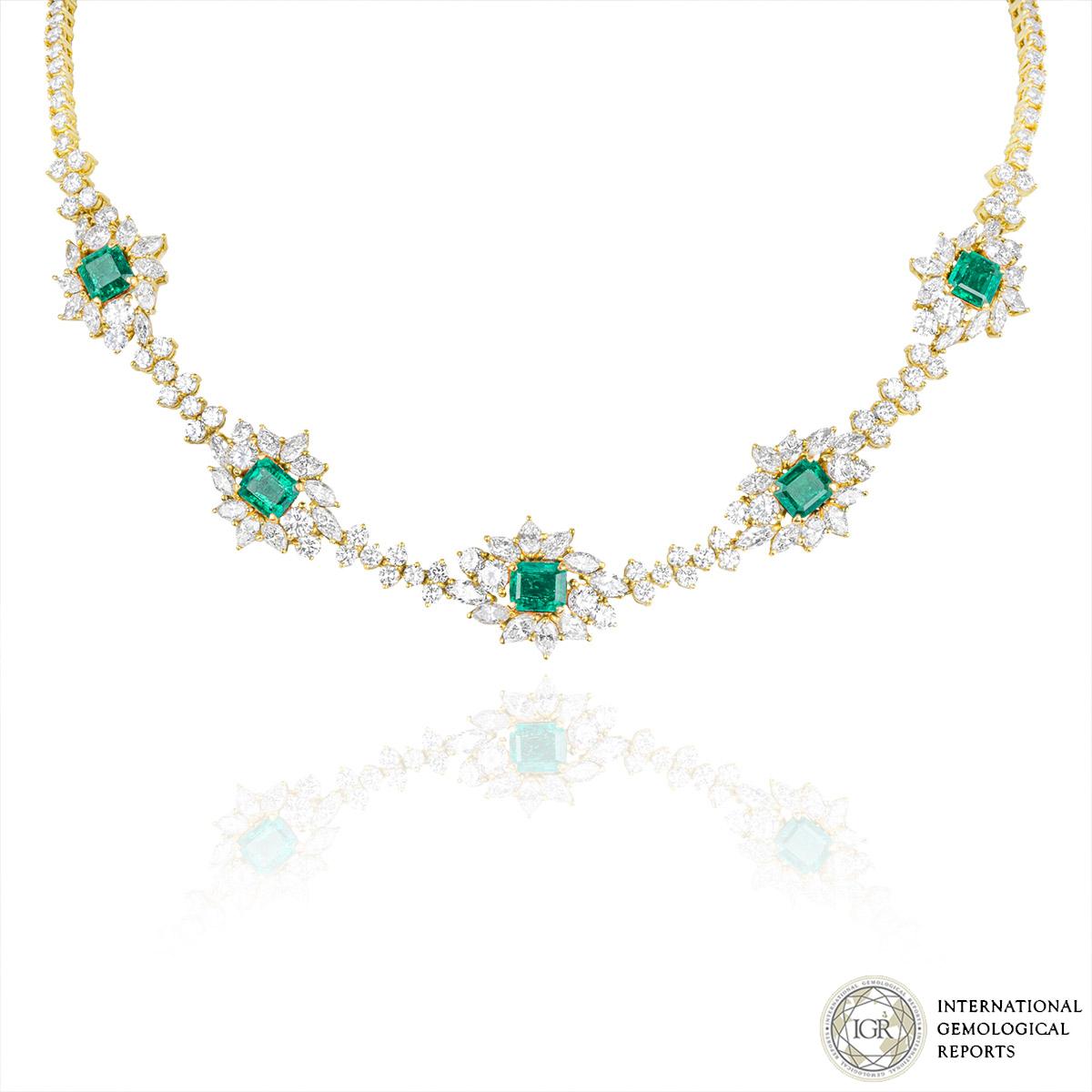 ef76178e87cda9 Yellow Gold Diamond and Emerald Necklace